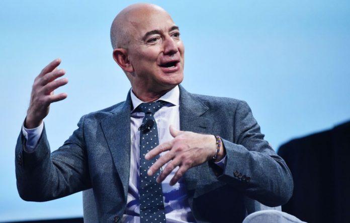 Jeff Bezos destinará 10 mil mdd a fondo contra el cambio climático